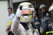 Lewis Hamilton décroche la pole à Monaco