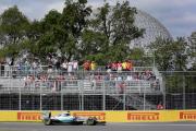 Les Mercedes donnent le ton, les Ferrari en embuscade