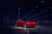 La barre des 300 milles pour Tesla