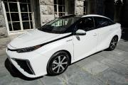 Toyota Mirai: 480 kilomètres... et un verre d'eau