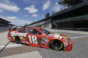 Coupe Sprint: Kyle Busch décroche la pole à Brickyard