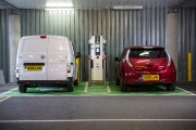Plus de bornes électriques que de postes d'essence en 2020