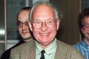 Reinhard Selten en 1994.