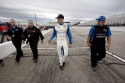 Coupe Sprint: Carl Edwards décroche la pole au New Hampshire