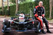 Le prince Albert de Monaco au volant de la nouvelle Venturi