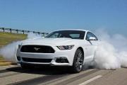 Un record d'écoconduite au volant d'une Mustang GT avec le gros V8