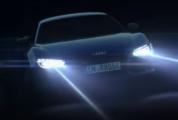 Une Audi avec rayons laser.