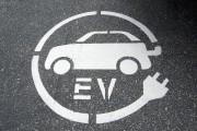 Transport électrique: Ottawa investit dans des bornes de recharge en Ontario