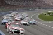 NASCAR: Kyle Larson tient le coup et complète le balayage à Fontana