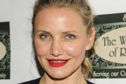 Cameron Diaz Book Signing at Bookends Bookstore