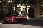 Premier coup d'oeil à la Mazda62018 : repensée pour tenir tête aux Camry et Accord