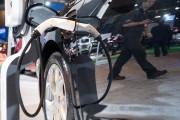 Salon de l'auto : la révolution technologique arrive àpetits pas