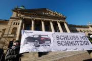 Interdiction des diesels dans les villes allemandes : décision reportée à mardi