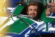 Fernando Alonso s'amuse en IndyCar, mais garde ses options pour 2019