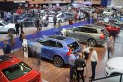 Salon de l'auto - Photoreportage : des amateurs de belles voitures comblés