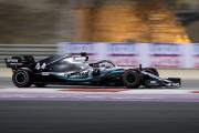 Hamilton profite des défaillances de Ferrari pour s'imposer à Bahreïn