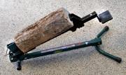 Le fendeur de bois à pied.... (Photo Jean-Marie Villeneuve, Le Soleil) - image 1.0