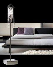 Lampe de table Eclipse. Hauteur 11 pouces. 60$... (Photo fournie par Home Depot) - image 1.0