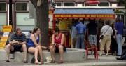 À l'heure du midi, le sympathique Old Market... (Photo: Bernard Brault, La Presse) - image 5.0