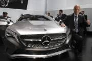 La Chine, malgré un récent ralentissement, demeure un marché fort lucratif pour le segment de luxe. Mercedes a d'ailleurs profité du Salon de Shanghai pour lancer son concept de Classe A.