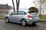 Peu spectaculaire que cette nouvelle Subaru Impreza   2012, mais n'essayez pas de la suivre sur une route enneigée.