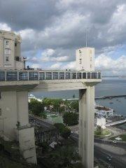 À Salvador de Bahia, l'ascenseur Lacerda premet de... (Photo Andrée Lebel, La Presse) - image 2.0