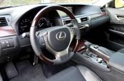 La Lexus GS 350 AWD est dotée de l'ordinateur   de bord le plus simple à manipuler parmi tous les équipements   similaires.