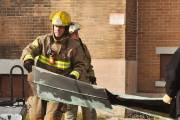 Les pompiers sont redescendus du clocher de l'église... (Photo: Émilie O'Connor) - image 1.0