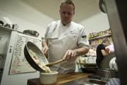 N'allez pas croire que le macaroni au... (Photo Martin Chamberland, La Presse) - image 4.0