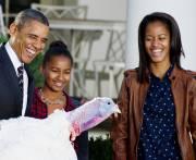 Hier, le président Obama a «grâcié» deux dindes... (PHOTO JIM WATSON, AFP) - image 2.0