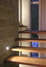 L'escalier semble flotter vers l'étage.... (Photo Benoît Lafrance) - image 2.1