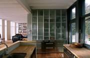 D'inox et de bois, la cuisine est fonctionnelle... (Photo Benoît Lafrance) - image 3.0