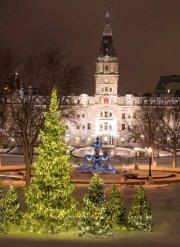 QuébecAdabra devant le parlement de Québec... (Le Soleil, Steve Deschênes) - image 1.0