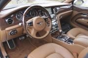Un tableau de bord d'une splendeur qui justifie le montant élevé de la Bentley Mulsanne.