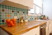 Dans sa cuisine meublée chez IKEA, Denys Lacombe... (Le Soleil, Yan Doublet) - image 1.1