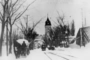 Un tramway en service sur la Grande Allée,... (Photo tirée du livre  Les tramways de Québec, de Jacques Pharand) - image 1.0