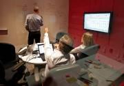Les employés peuvent écrire sur les murs des... (Le Soleil, Yan Doublet) - image 2.1