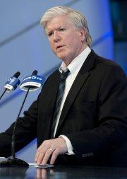 Brian Burke  est demeuré en poste pendant... (Photo: PC) - image 2.0