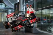 Jenson Button (à gauche) et le nouveau-venu Sergio Perez seront aux commandes de la nouvelle monoplace McLaren.