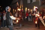 Les jongleurs de rue impressionnent les passants.... (Collaboration spéciale Carl Thériault) - image 1.0