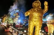 Le deuxième défilé de nuit du Carnaval, celui... (Le Soleil, Erick Labbé) - image 1.1