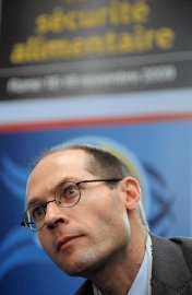Olivier De Schutter... (Photo: AFP) - image 2.0