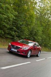 Mazda renouvelle son offre avec une berline au style très percutant. Fortement inspirée du concept Takeri, la nouvelle Mazda 6 arrivera ce printemps.