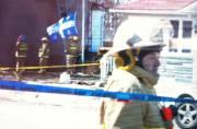Les pompiers ont mis un drapeau, qui se... (Étienne Ranger, LeDroit) - image 1.0