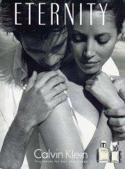 Christy Turlington dans la campagne CK Eternity... (Publicité Calvin Klein) - image 2.0