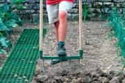 Convaincre les enfants de jardiner, c'est facile. Achetez-leur une petite... - image 5.0
