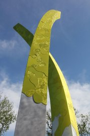 La sculpture Les herbes hautes s'élève jusqu'à 28... (Photo Louis Parent) - image 2.0