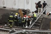 Au moins 69 personnes sont mortes et plus... (Photo El correo Gallego, Antonio Hernandez, AP) - image 1.1