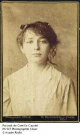 Camille Claudel, 1881. Photographie, épreuve sur papier albuminé.... (Photo fournie par le musée Rodin de Paris) - image 2.0