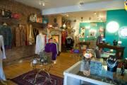 La boutique dégage un cachet féminin.... (Le Soleil, Steve Deschênes) - image 1.0